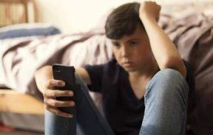 ابراز نگرانی از هجوم محتوای «خشونت علیه خود» در فضای مجازی