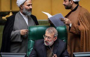 جنجال در مجلس/ پژمانفر، لاریجانی را دیکتاتور خطاب کرد