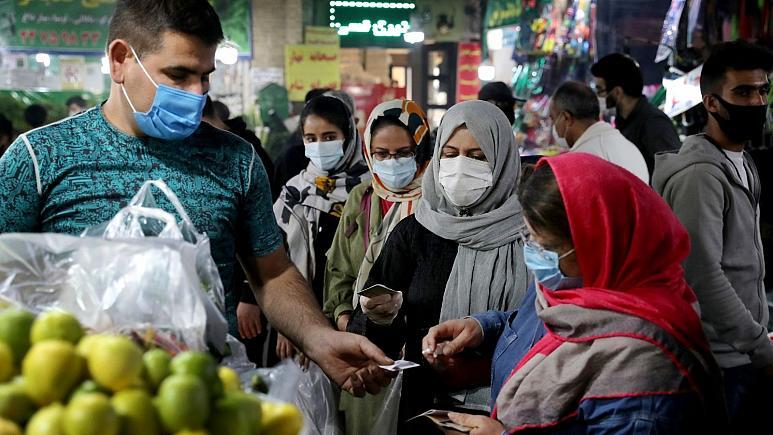 صندوق بین المللی پول: بهبود اقتصاد خاورمیانه در سال ۲۰۲۲ بستگی به واکسن دارد/ ایران «احتمالا» قادر خواهد بود جمعیت زیادی از کشور خود را واکسینه کند، هر چند به کُندی
